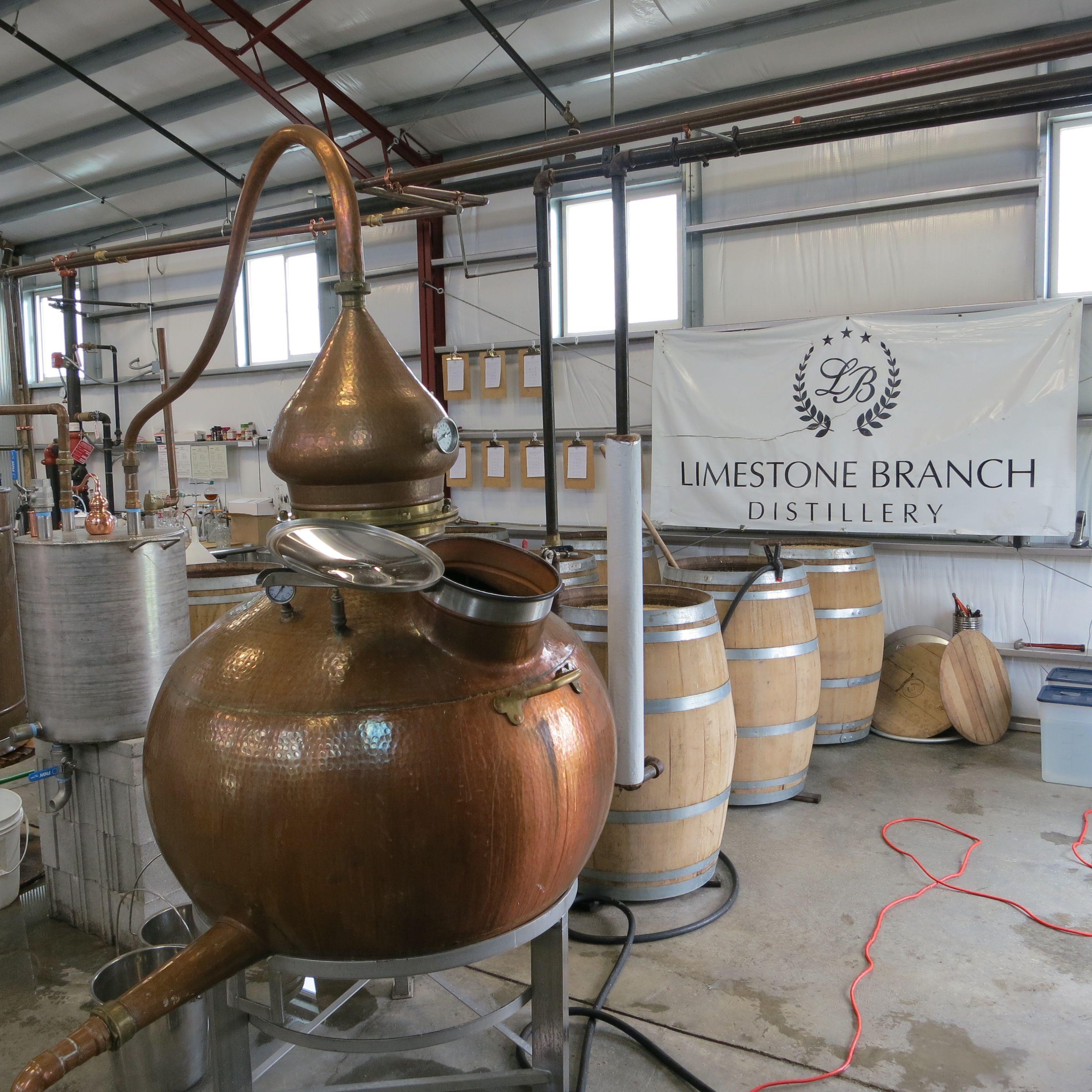 Moonshine Distillery Tours In Gatlinburg Tn